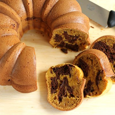 Chocolate Marbled Pumpkin Pound Cake